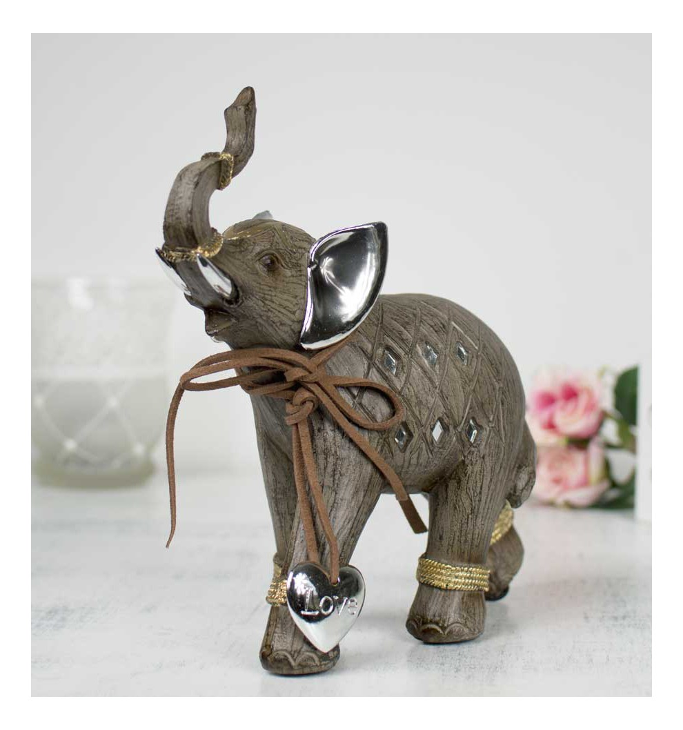 elephant trompe trop mignon ce bb lphant dcouvre sa trompe elephant trompe en haut un lphant. Black Bedroom Furniture Sets. Home Design Ideas