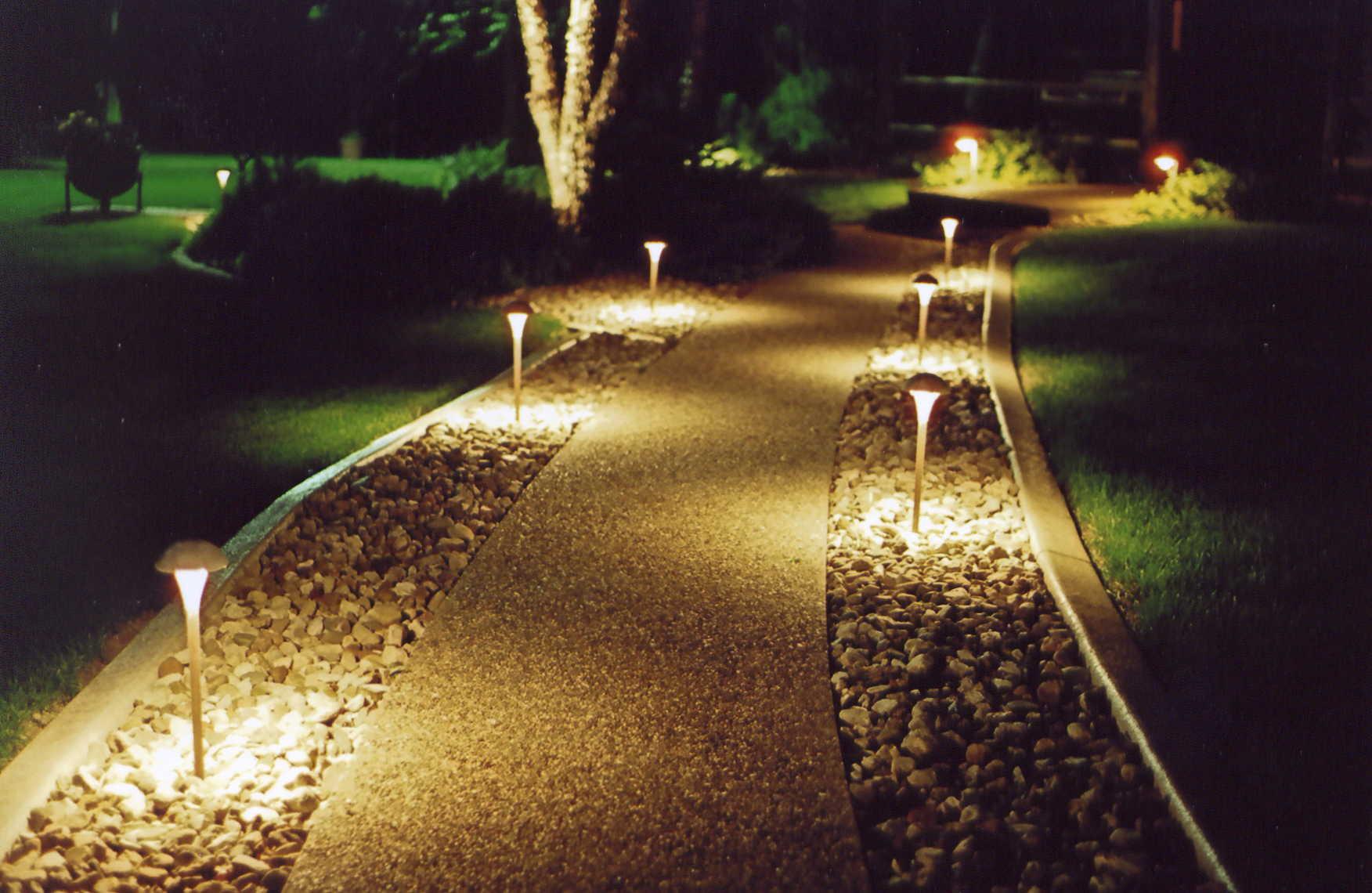 Comment Installer Un Eclairage Exterieur eclairage extérieur : comment créer une ambiance cosy ? -